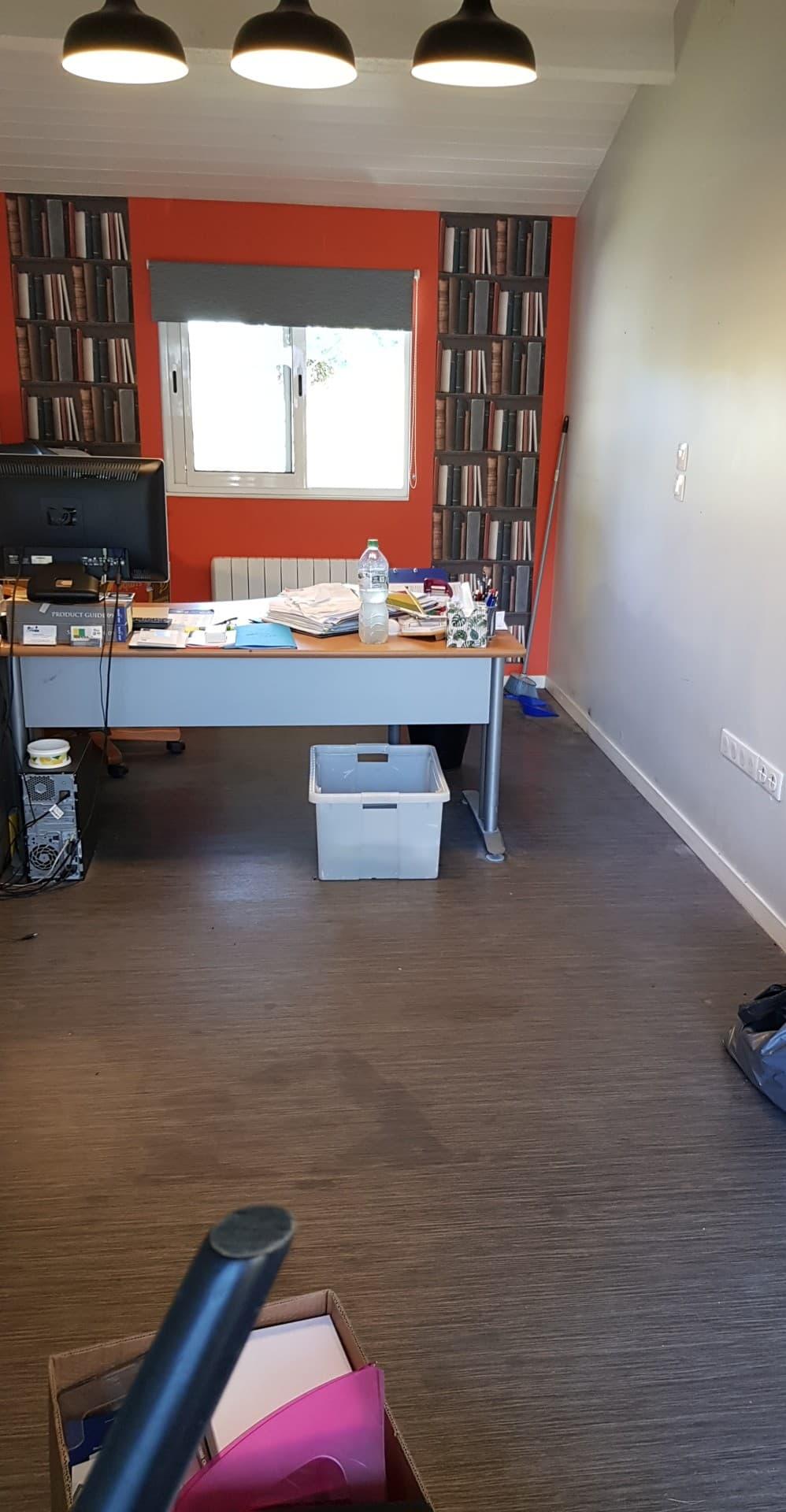 Le bureau avant