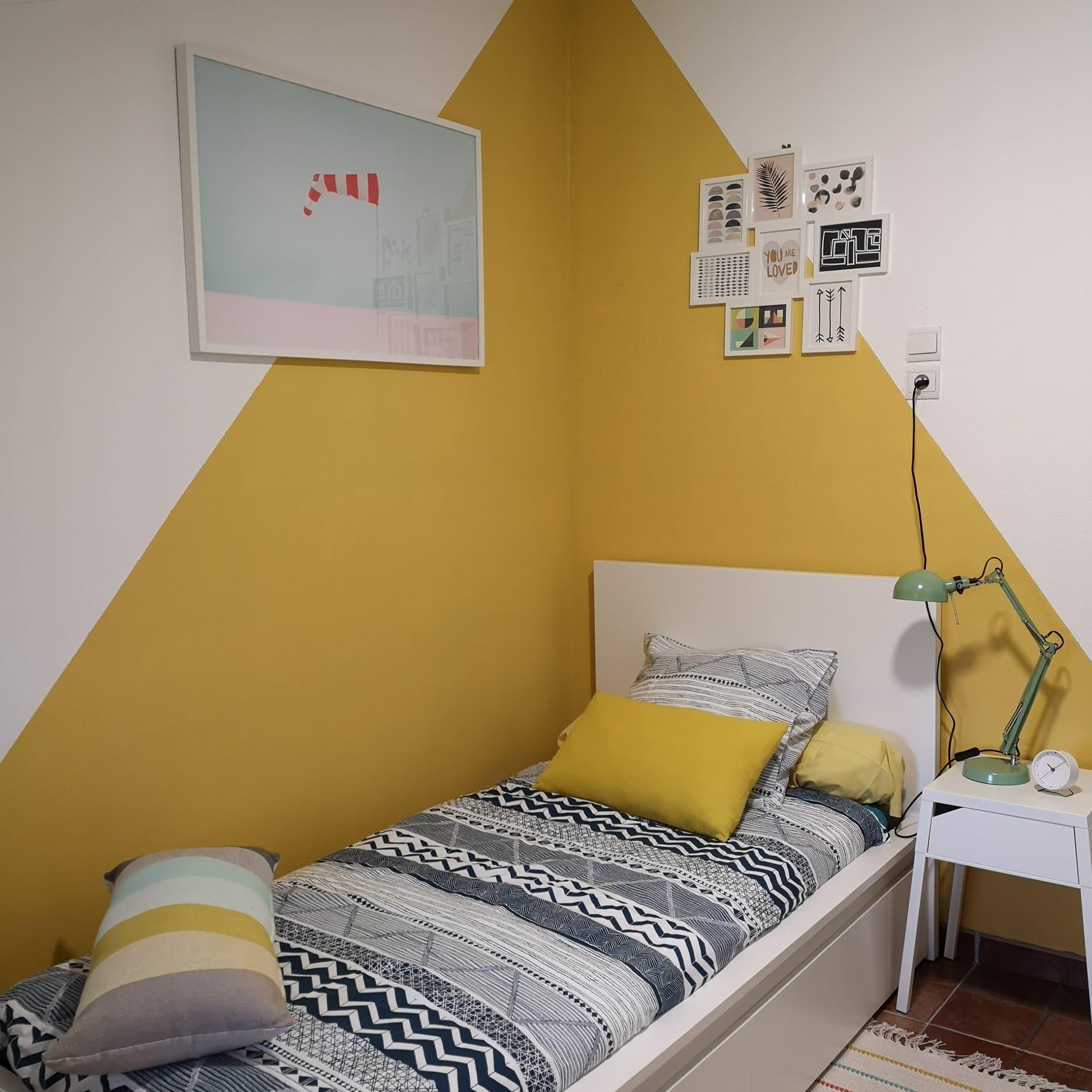 La chambre d'enfants mise en couleur